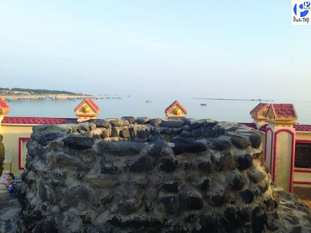 mộ Thầy Sài Nại - du lịch Phú Quý