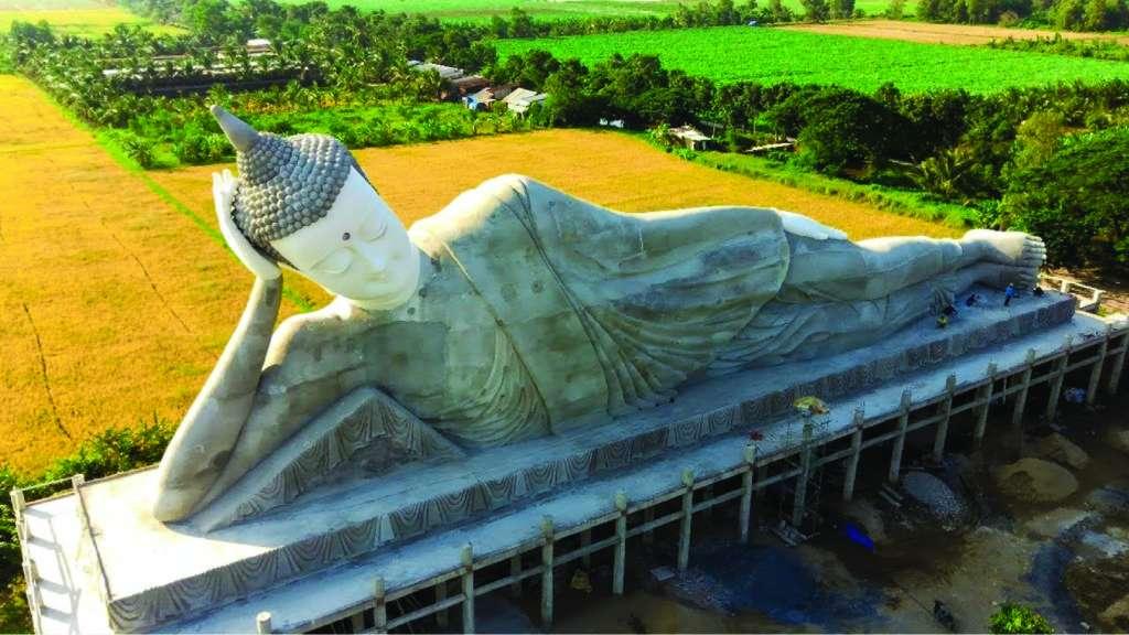 Tượng Phật Niết Bàn Lớn Nhất Việt Nam