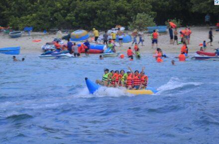 tắm biển Bình Ba